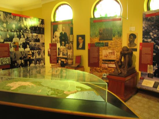 Museum of the History of Ponce: Another room.