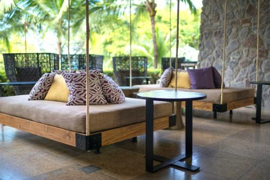 Four Seasons Resort Costa Rica at Peninsula Papagayo : Refreshed lobby area