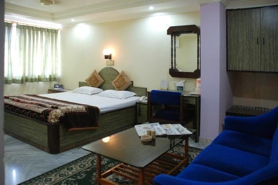 Hotel Sukhakarta