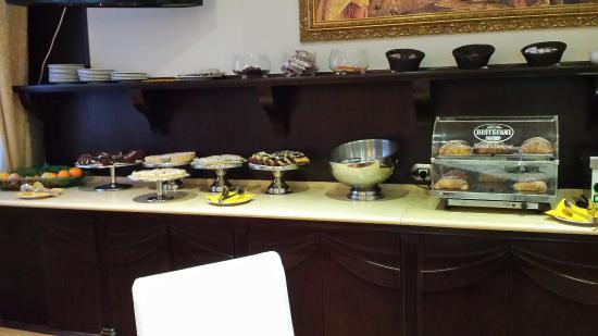 Virginia Palace Hotel: Il buffet della colazione