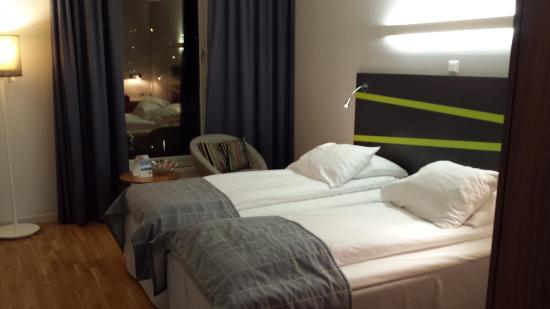 Thon Hotel Ullevaal Stadion: Small but clean room