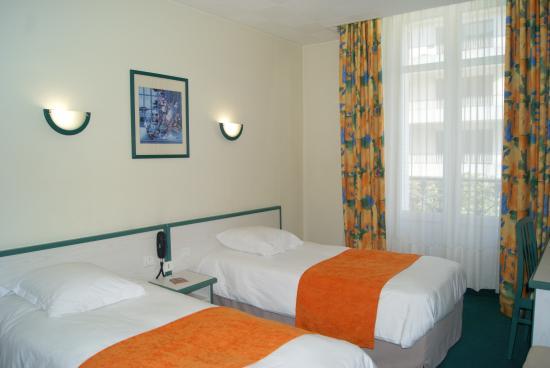 hotel de l 39 univers angers 20 fotos compara o de pre os e avalia es. Black Bedroom Furniture Sets. Home Design Ideas