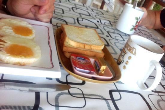 Koh Wai Pakarang Resort: завтрак