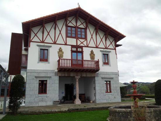 Hotel Villa Itsaso: Fachada principal
