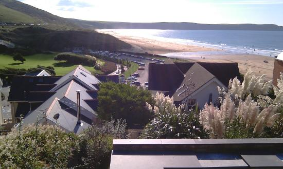 Southover Beach Apartments: Sea Views from BBQ's