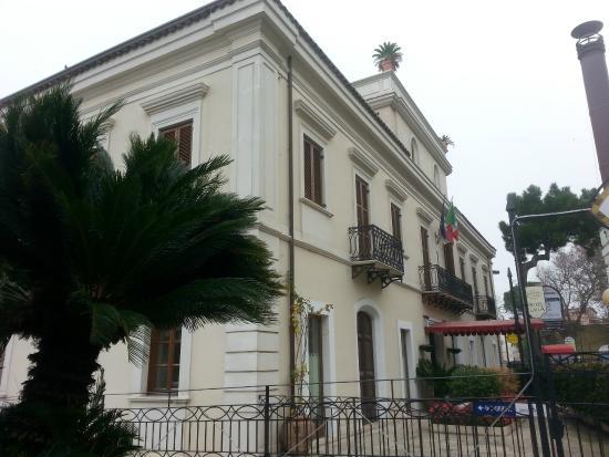 Hotel Claila: The Hotel itself