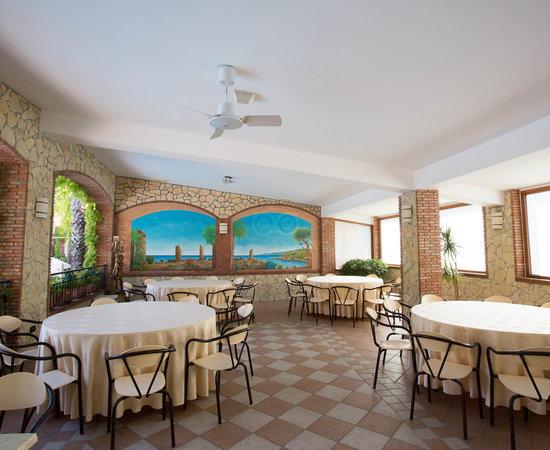 Hotel caesar palace giardini naxos sicilia prezzi 2018 e recensioni - Hotel ai giardini naxos ...