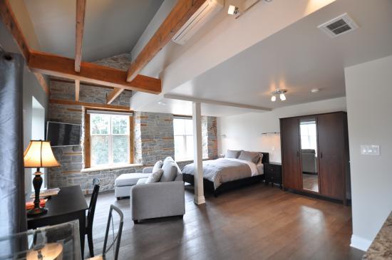 Kemptville Suites