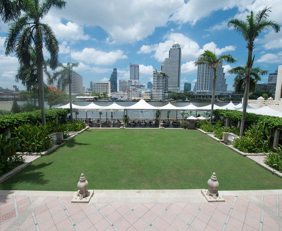 Photo of Hotel The Peninsula Bangkok at 333 ถนนเจริญนคร, Bangkok 10600, Thailand