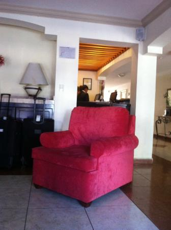 Del Marques Hotel & Suites : LOBBY