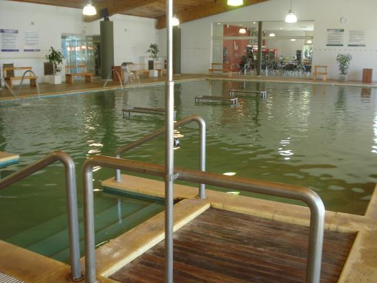 Necochea, Argentina: Piletas termales con potentes chorros de agua masajeadores