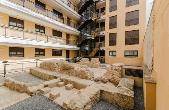 Apartamentos tuisticos duque de hornachuelos updated 2017 apartment reviews price comparison - Apartamentos turisticos la castilleja cordoba ...