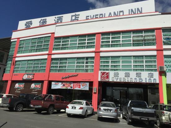 Everland Inn