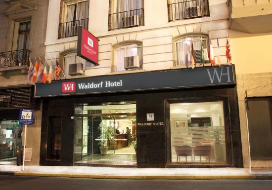 Waldorf Hotel: Fachada