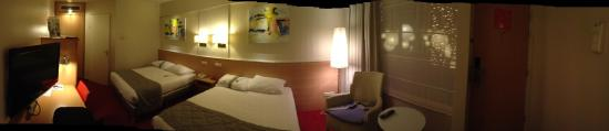 Holiday Inn Leiden : 2 grands lits confortables