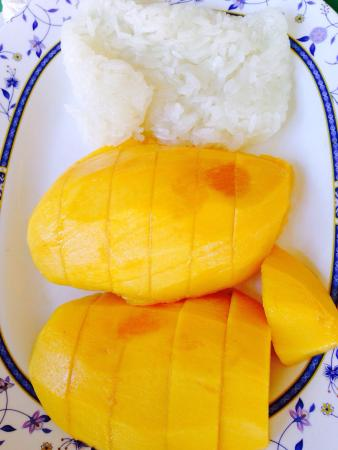Coconut garden: Mango sticky rice