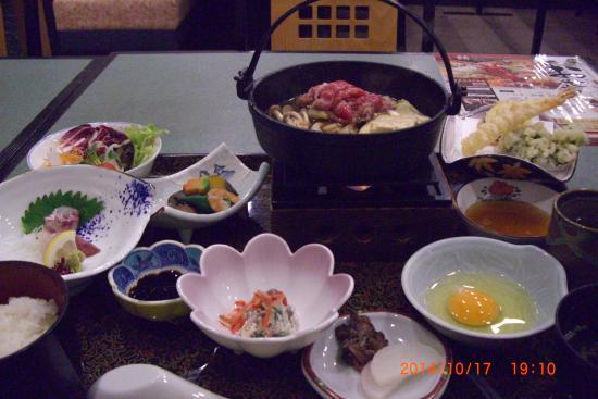 Ueno City Hotel : 品数の多い夕食
