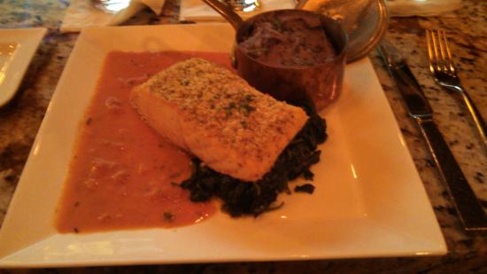 Cibo : Perfectly done baked salmon special