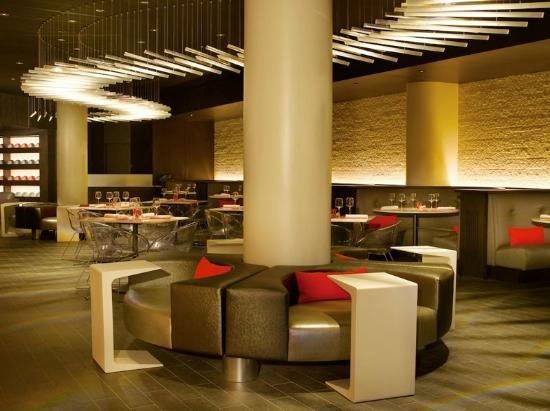 Bol Restaurant: Dining area