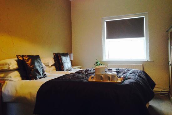 Cashmoor Inn : Twin room