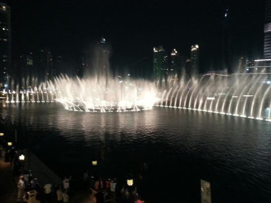 Bice Mare: View of fountain show from our table.