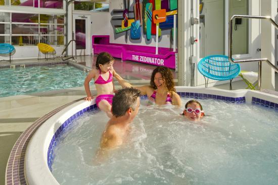 Hotel Zed: Hot Tub