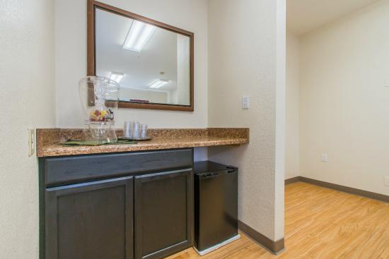 Colorado Springs Extended Stay Hotel: Meeting Room