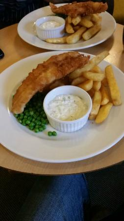 The Bromley Court Hotel: Fish and chips at the hotel restaurant