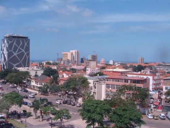 Loanda Hotel: Vista do restaurante, no 6o andar