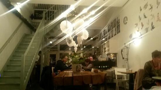 Mooi interieur - Picture of Inspire Coffee Company BV, Breda ...