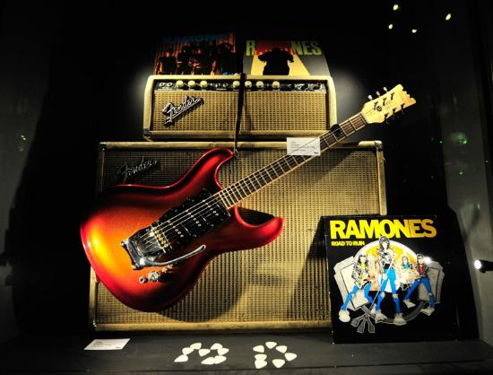 Guitars the Museum: Ramones