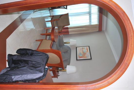 Al Diar Capital Hotel: Room