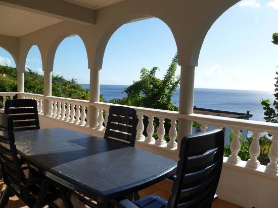 Caribbean Sea View Holiday Apartments: Sunset Balcony