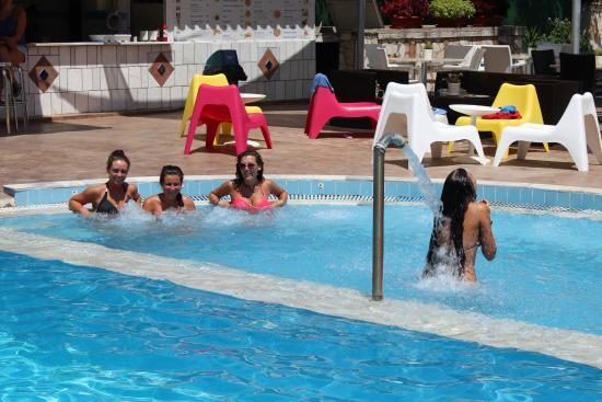 Koulouris Beach Hotel: Jacuzzi