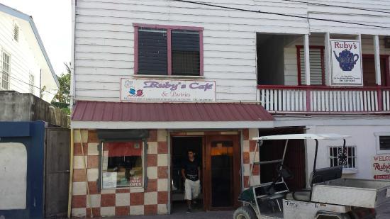 Ruby's Cafe