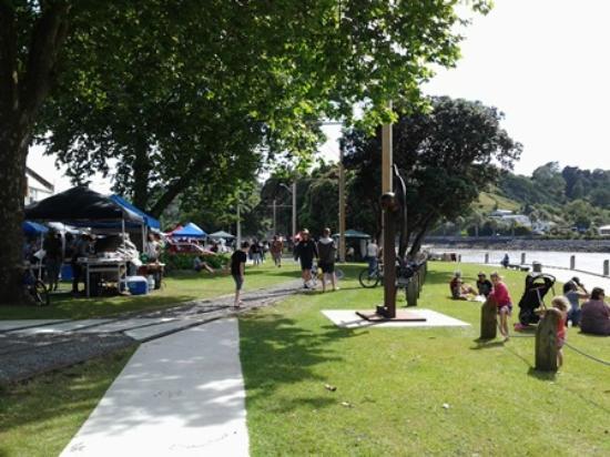 Whanganui, New Zealand: lovely riverbank setting