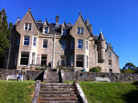 Scottish Castle accommodation - list of castle hotels in