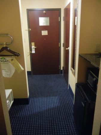 La Quinta Inn & Suites Mt. Laurel - Philadelphia : Wingate By Wyndham Mt. Laurel/Philadelphia Area