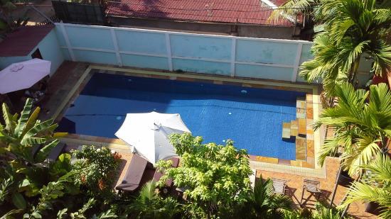 Jasmine Family Hostel: Pool