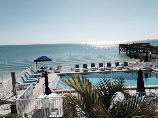 slice of heaven picture of glunz ocean beach hotel. Black Bedroom Furniture Sets. Home Design Ideas
