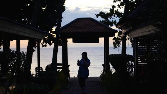 Samui Laguna Resort: Gateway to beach