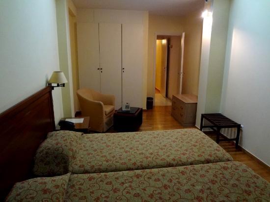 Delice Hotel - Family Apartments: Много места и мебели