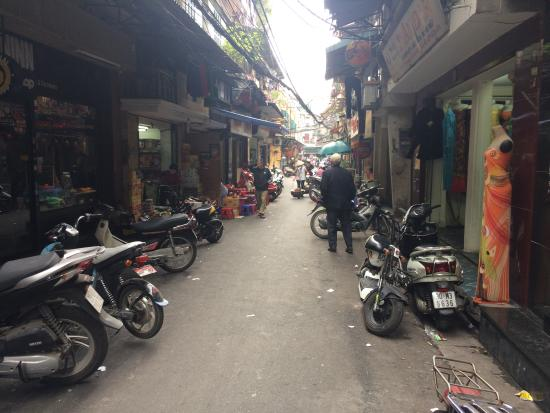 Hanoi City Hostel : Located in the Old Quarter