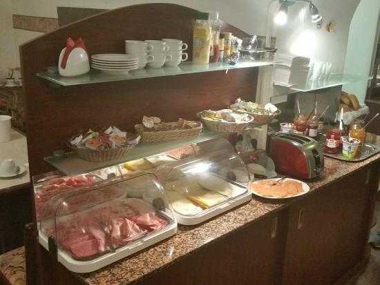 Hotel DomBlick: breakfast