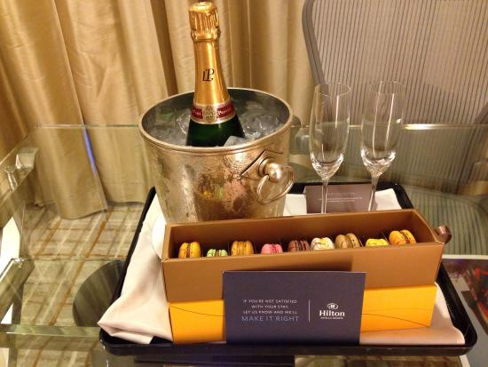 Hilton Singapore: An unexpected surprise!!