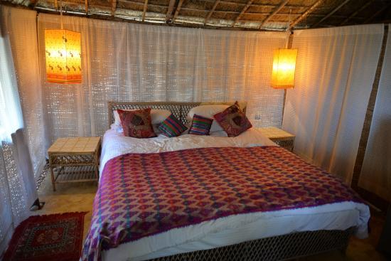 Dwarka Eco Beach Resort: Bedroom