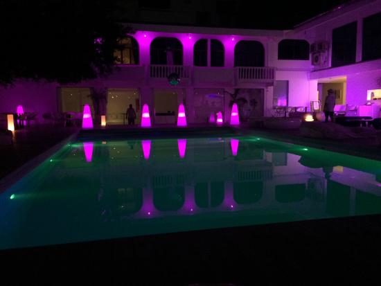 Ocean Bangkok: La piscine de nuit