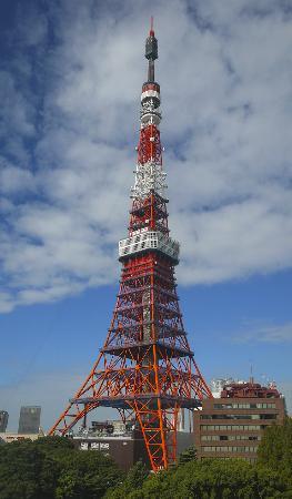 Tokyo Prince Hotel: 객실에서 보였던 도쿄타워에요. 정말 잘 보여요.