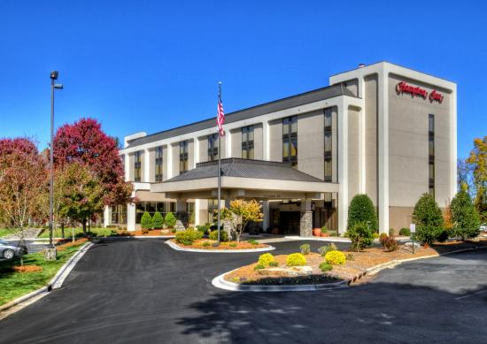 Hampton Inn Asheville - I-26 Biltmore Area : Hampton Inn - Biltmore Square
