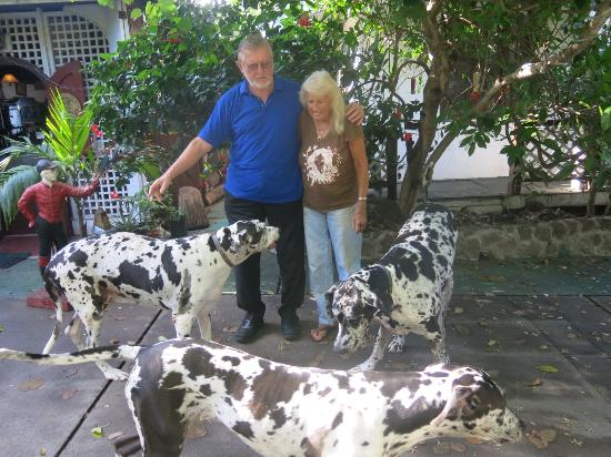 Kings Well Resort: Win and Laura with their Great Danes